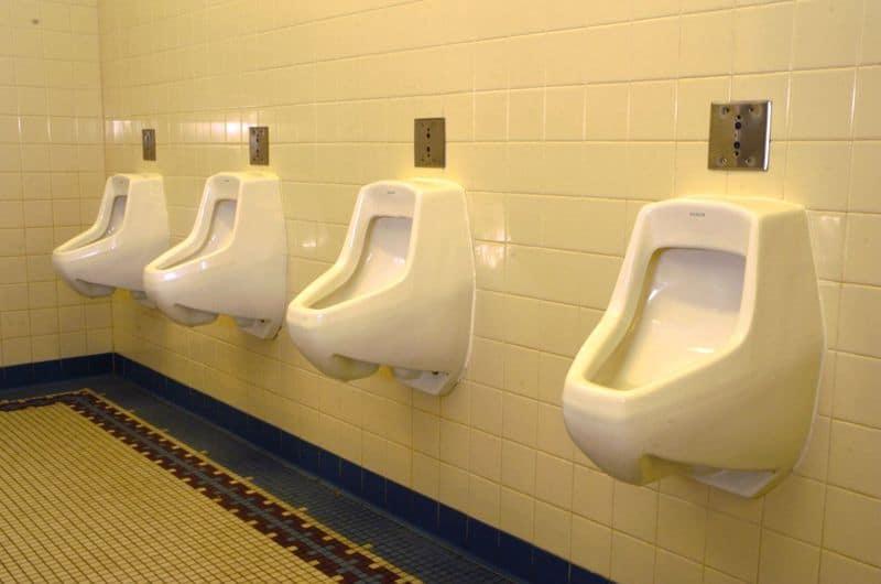 Urinal, fo sho
